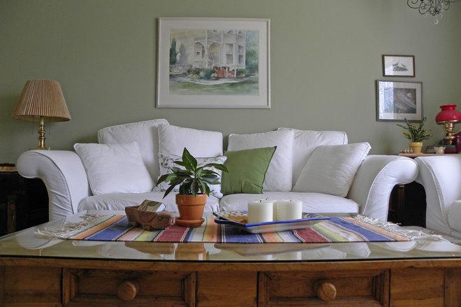 Farmhouse Living Room by Sarah Greenman