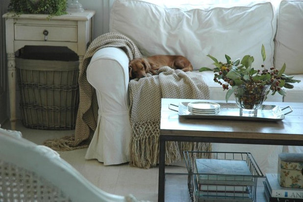 Shabby-Chic-Style Wohnbereich by Home & Harmony