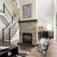 Traditional Living Room by Don's Light House Ltd