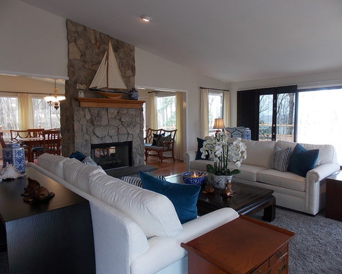 Example Of A Classic Living Room Design In DC Metro