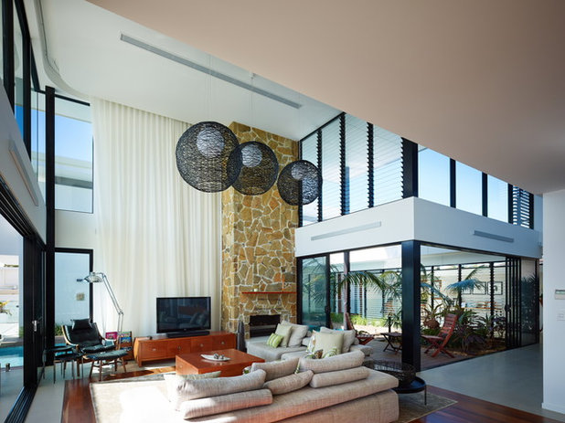Midcentury Living Room by BDA Architecture