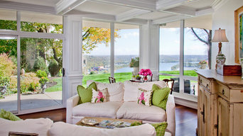 Riverview with a Living Room