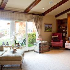 Mediterranean Living Room by UnCommon INteriors