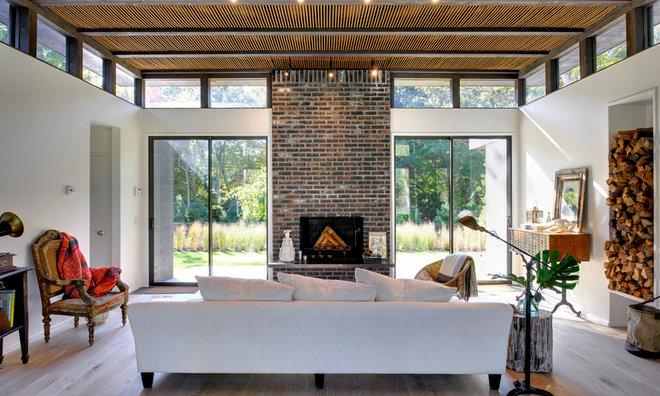 Modern Living Room by Bates Masi Architects LLC