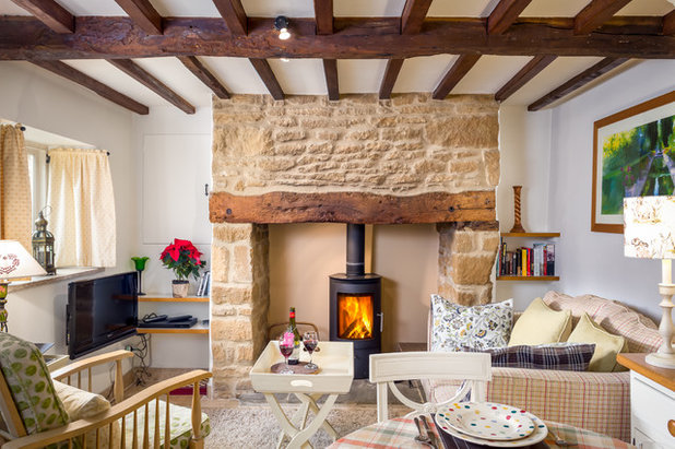 Farmhouse Living Room by Oliver Grahame Photography