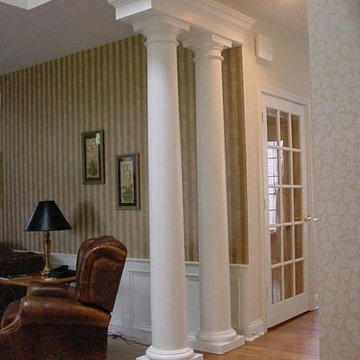 Round, Wood, Tapered Smooth Columns