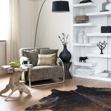 Living Room by HUISSTYLING