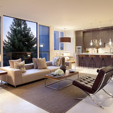 Modern Living Room by John Maniscalco Architecture