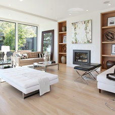 Modern Living Room by Arthur McLaughlin & Associates, Inc.