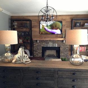 Inspiration for a rustic living room remodel in Nashville