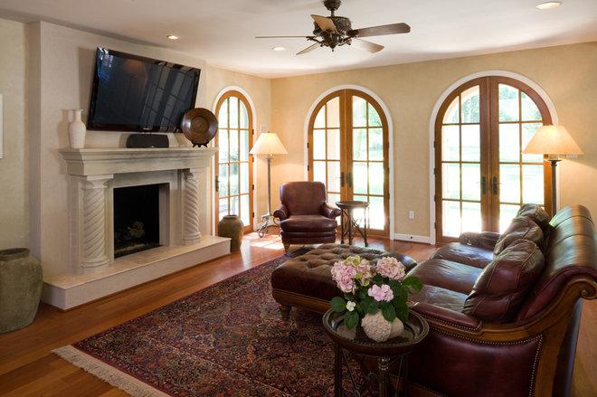 Mediterranean Living Room by HBF plus Design