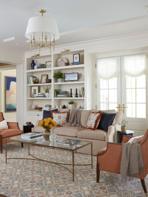 Merveilleux Elegant Enclosed Living Room Photo In New York