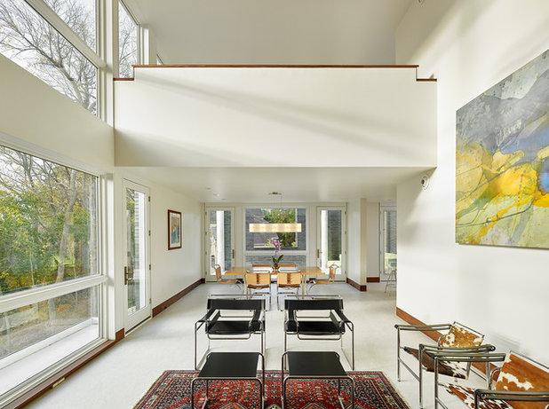 Contemporain Salon by Studio of  Metropolitan Design Architects