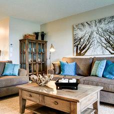 Contemporary Living Room by Shane Homes Ltd.