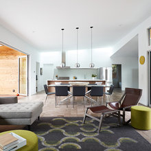 Houzz Tour: Taking a Midcentury Home From a Maze to Amazing