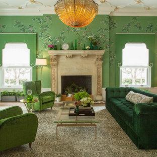 Esempio di un soggiorno chic con sala formale, pareti verdi e camino classico