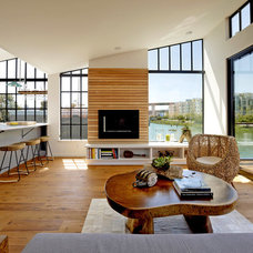 Beach Style Living Room by Robert Nebolon Architects