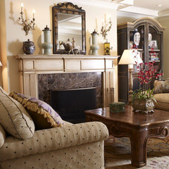 traditional living room by Tres McKinney Design