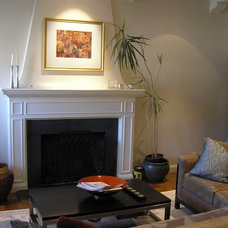 Traditional Living Room by BMF CONSTRUCTION