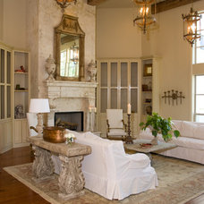 Traditional Living Room by Bella Cucina