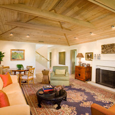 Contemporary Living Room by Kent Mixon Architect