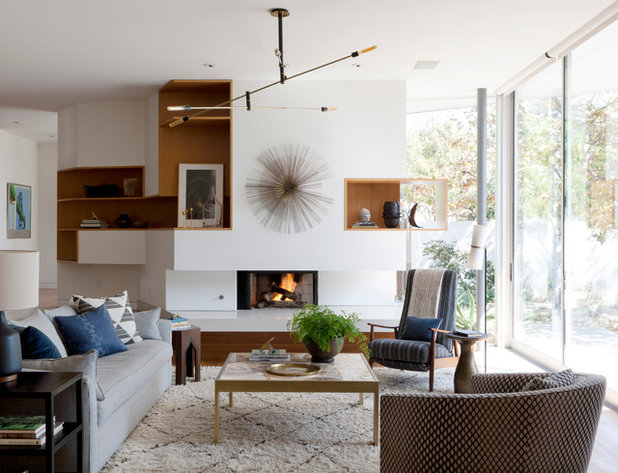 Houzz tour earthy decor adds warmth to a modern home for Earthy living room designs
