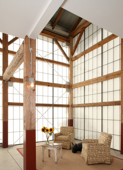 Farmhouse Living Room by Studio Carver Architects, Inc.