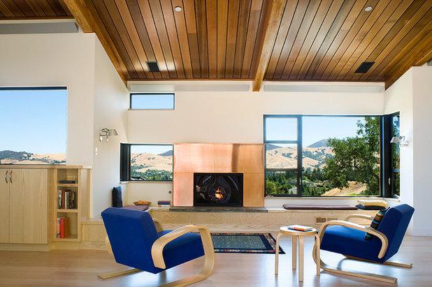 Contemporary Living Room by Fernau & Hartman Architects