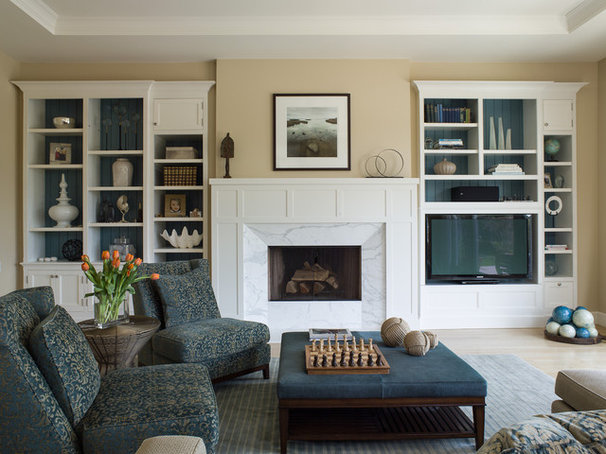 Traditional Living Room by Scheinholtz Associates