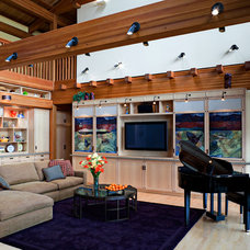 Eclectic Living Room by Roberts Wygal