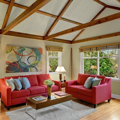 Living room - mid-sized eclectic medium tone wood floor living room idea in Seattle with beige walls