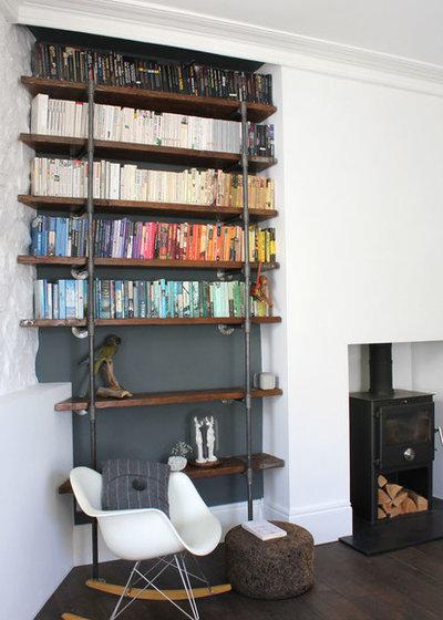 modern wohnbereich by urban grain - Bcherregal Ideen Neben Kamin