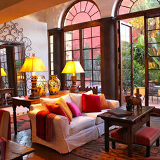 Eclectic Living Room by CAROLE MEYER