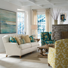 Traditional Living Room by Furnitureland South
