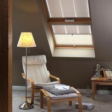 Modern Living Room by Fenstermann LLC