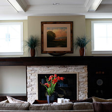 Traditional Living Room by Hartman Homes