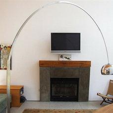 Modern Living Room by Lynn Gaffney Architect, PLLC