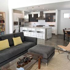 Modern Living Room by kmh design, inc.