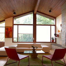 Contemporary Living Room by Wiebenson & Dorman Architects PC