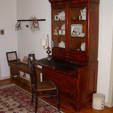 Farmhouse Living Room Shirley Corwin
