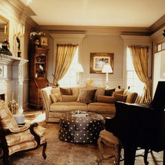 traditional living room by Leslie Newpher Interiors