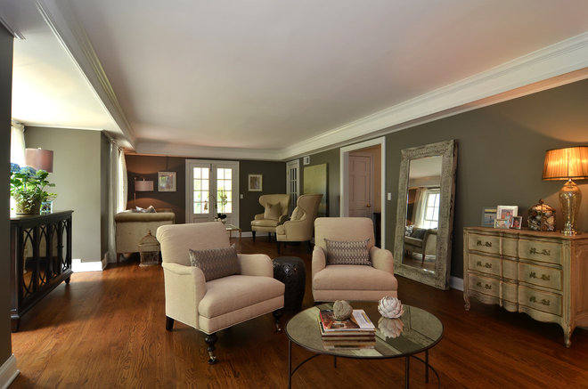 Traditional Living Room by Staging North Shore