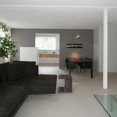 Modern Living Room by Pennings Interieur Architecten