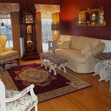 Traditional Living Room by LDECOR