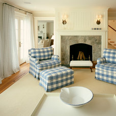 Traditional Living Room by Hart Associates Architects, Inc.