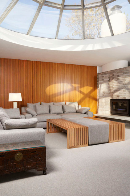modern family room by Welch Forsman Associates