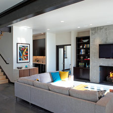 Modern Living Room by Dan Nelson, Designs Northwest Architects