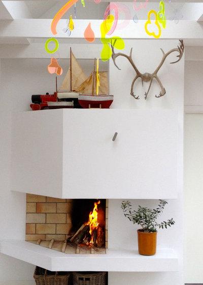 Scandinavian Living Room Fireplace