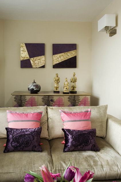 Eclectic Living Room by Celia James