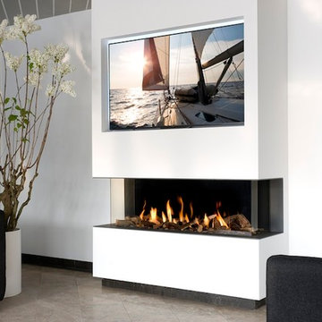 Smart Homes - TVs Over Fireplaces
